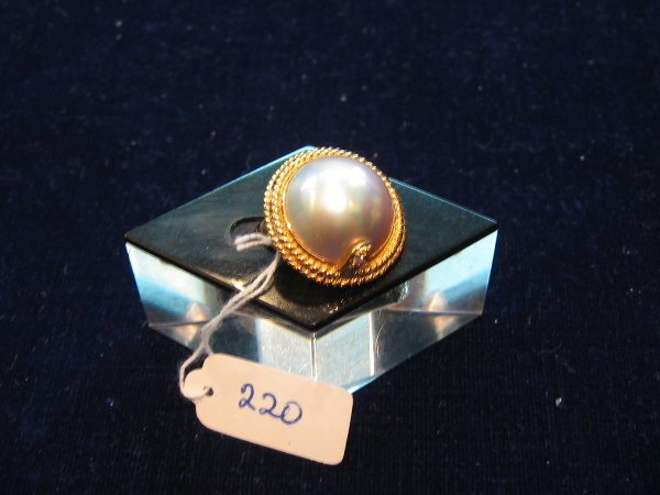 16: 1 PC 18KT GOLD MABE RING