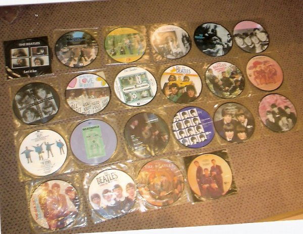 62: 1980  The Beatles 22 picture disc singles