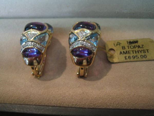 90: 1 PR 14KT GOLD DIAMOND AMETHYST/BLUE TOPOZ EARRING