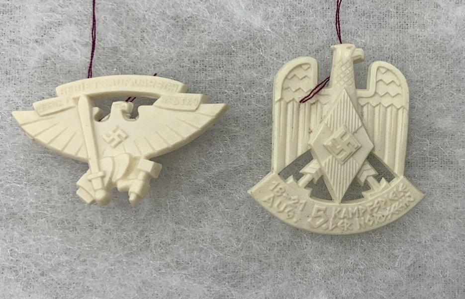 German Set of White Plastic Badges HJ (Hitlerjugend)