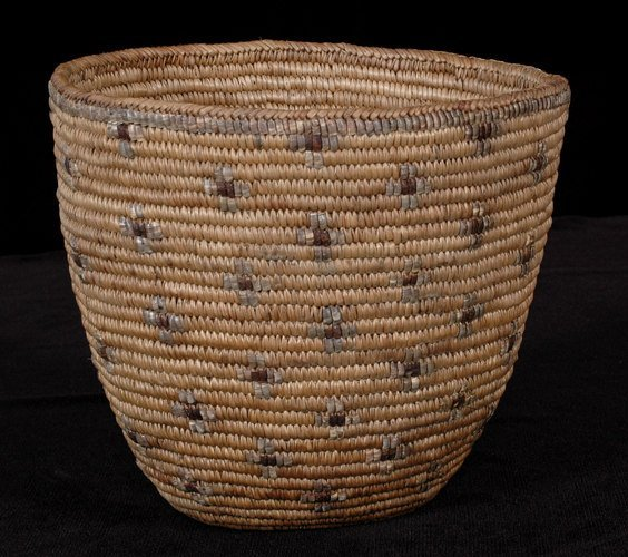 200: Puget Sound Imbricated Berry Basket - Cross Design