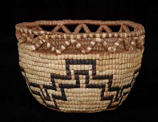 7: Fully Imbricated Cowlitz Basket with Crenulated Rim