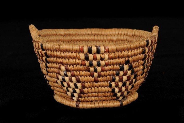 2: Thompson River Basket with Handles and Diamond Imbri
