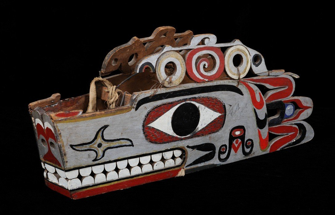 "172: 19TH C. Nuu-chah-nulth Wolf Headdress 25"" L. 10 1/"