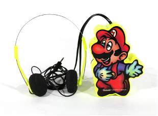 1989 Nintendo Super Mario Transistor AM/FM Radio