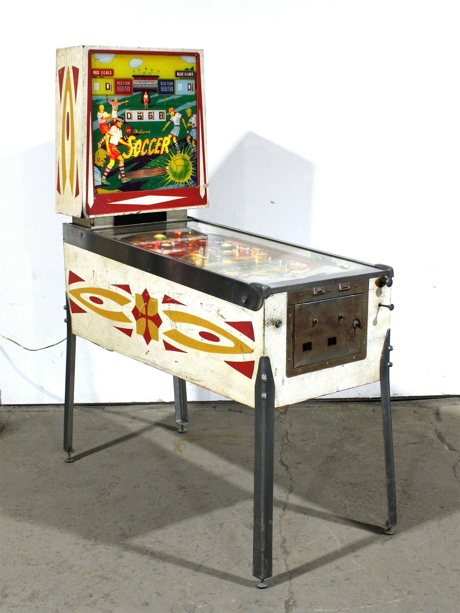 Williams Soccer Reverse Wedgehead Pinball Machine