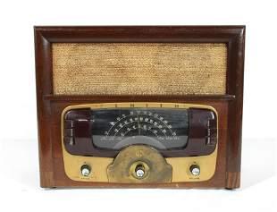 1946 Zenith AM/FM Wooden Radio