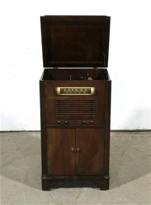 Clarion Record Player/ Floor Model Radio