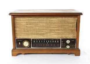 Zenith K731 Wood Cabinet Long Distance Tube Radio