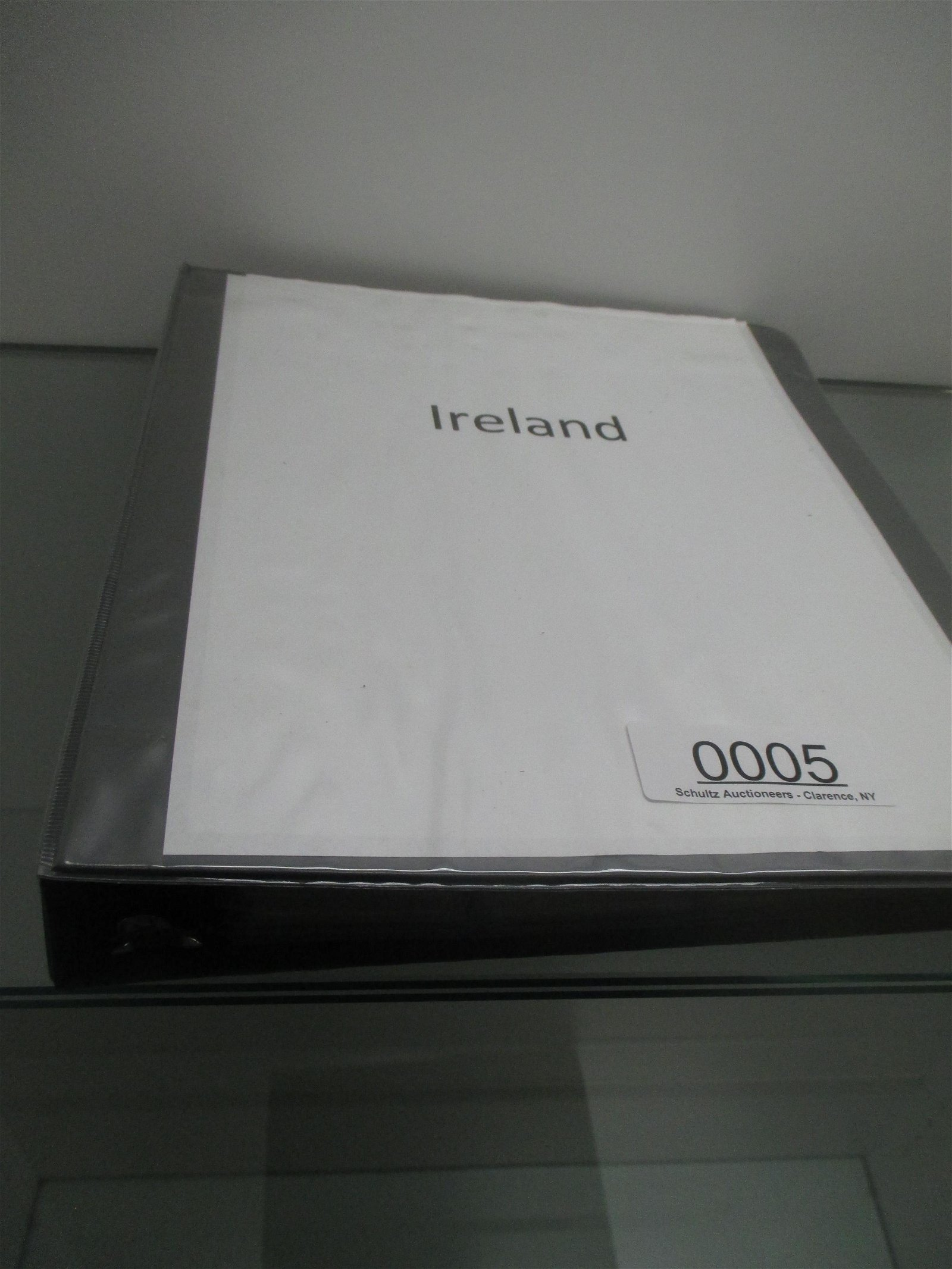 BINDER WITHAPPROX 135 COINS FROM IRELAND