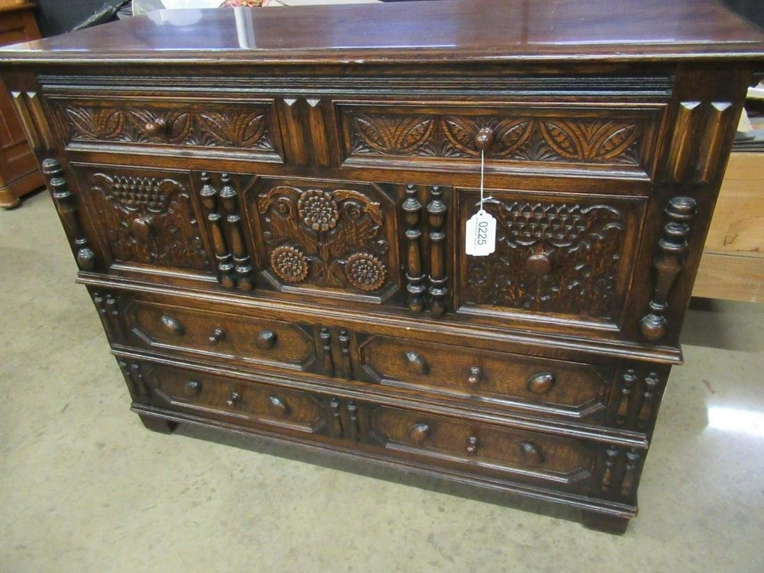 Kittinger Heavily Carved Oak 5 Drawer Dresser