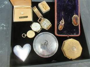 Tray incl. Mans Wristwatch, Sterling Compact, Etc