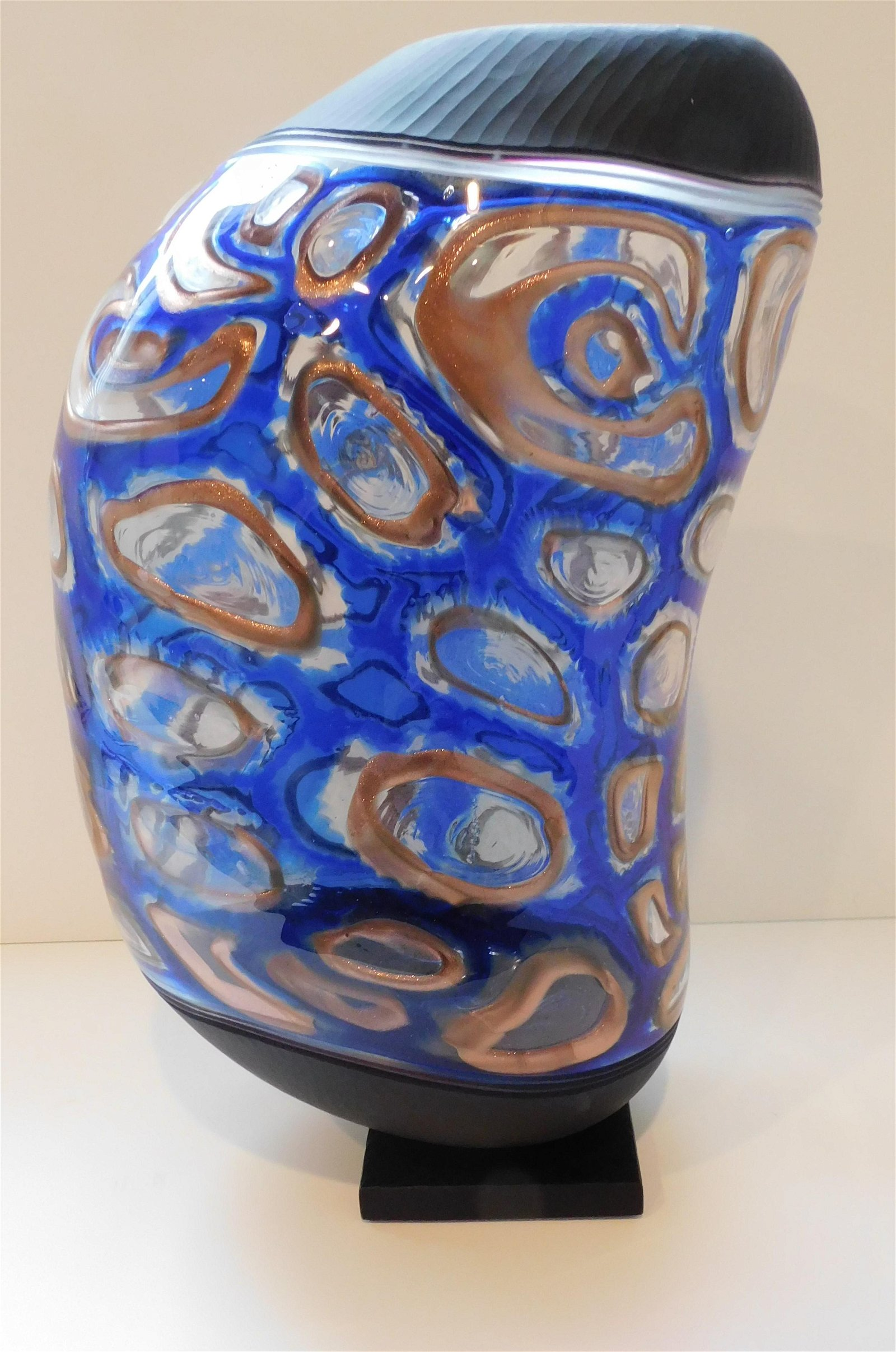 M Schiavon Large Art Glass Murano Vase Signed by the
