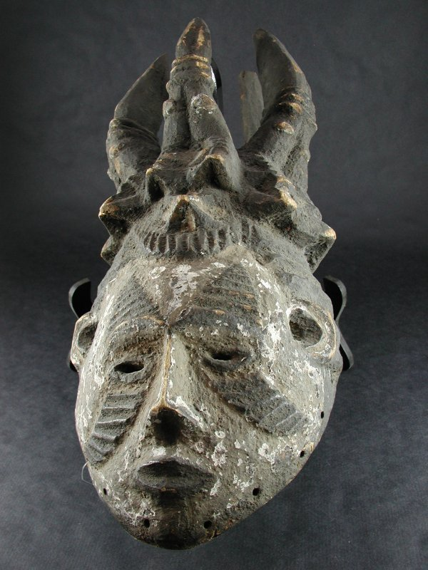 1509: AFRICAN ANTIQUITY NIGERIAN IBO TRIBE MASK