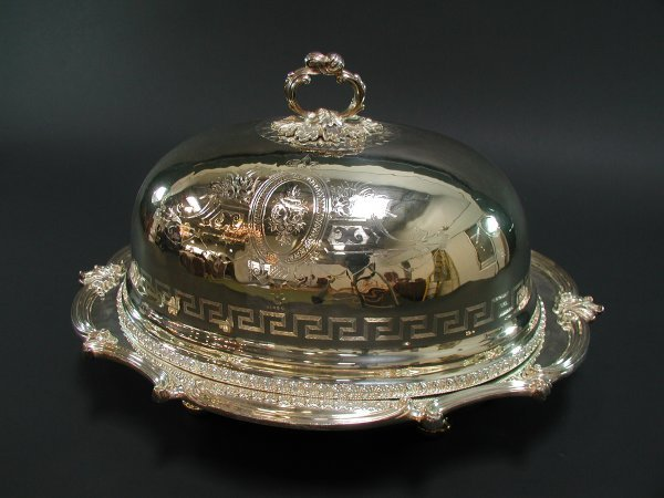 1548: SHEFFIELD SILVER DOMED SERVING / WARMING TRAY