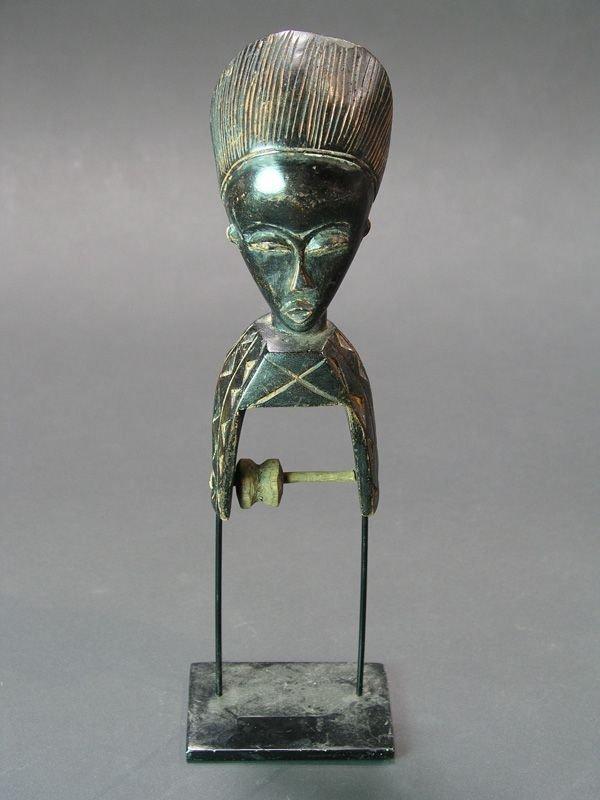 986: AFRICAN WEAVING NEEDLE