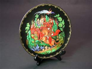 RUSSIAN LACQUER DECORATED PORCELAIN DISH