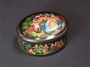 RUSSIAN LACQUER DECORATED PORCELAIN OVAL COVERED