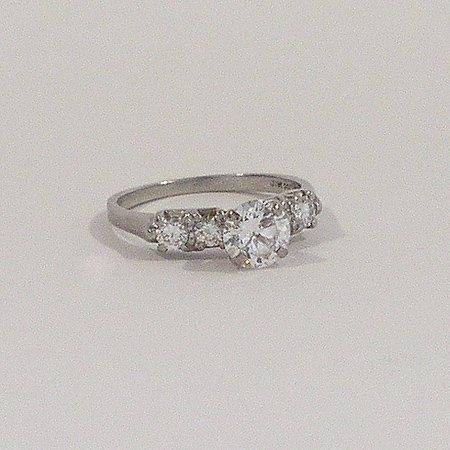 995: Ladies 900 PLATINUM 100 IR Diamond Engagement Ring