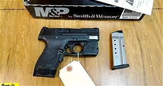 S&W M&P 40 SHIELD .40 S&W Pistol. Excellent Condition.
