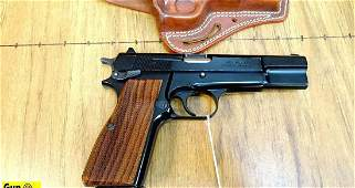 Browning HI-POWER .40 S&W Pistol. Excellent Condition.