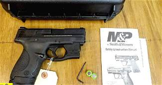 "S&W M&P SHIELD 40 Caliber CCW Pistol. Like New. 3"""