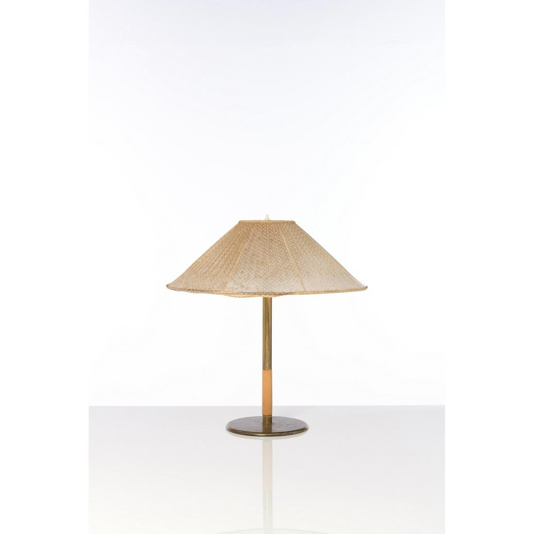 Paavo Tynell (1890-1973) Model no. 5068 Table lamp