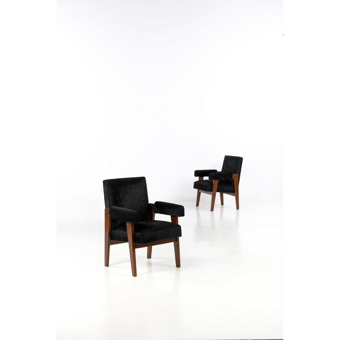 Pierre Jeanneret (1896-1967) Advocate chair Pair of