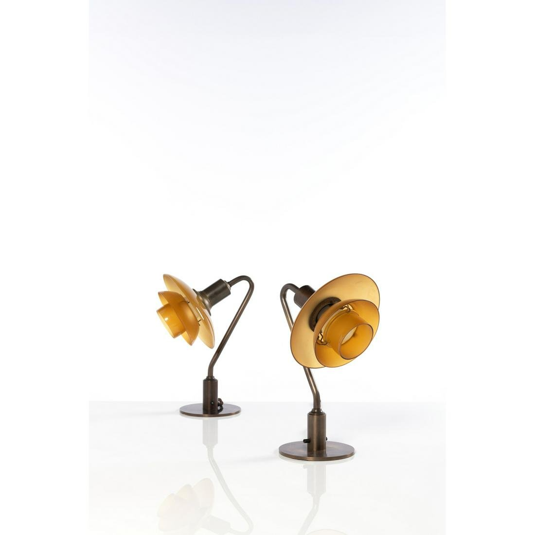 Poul Henningsen (1894-1967) Model no. PH 2/2, Snowdrop