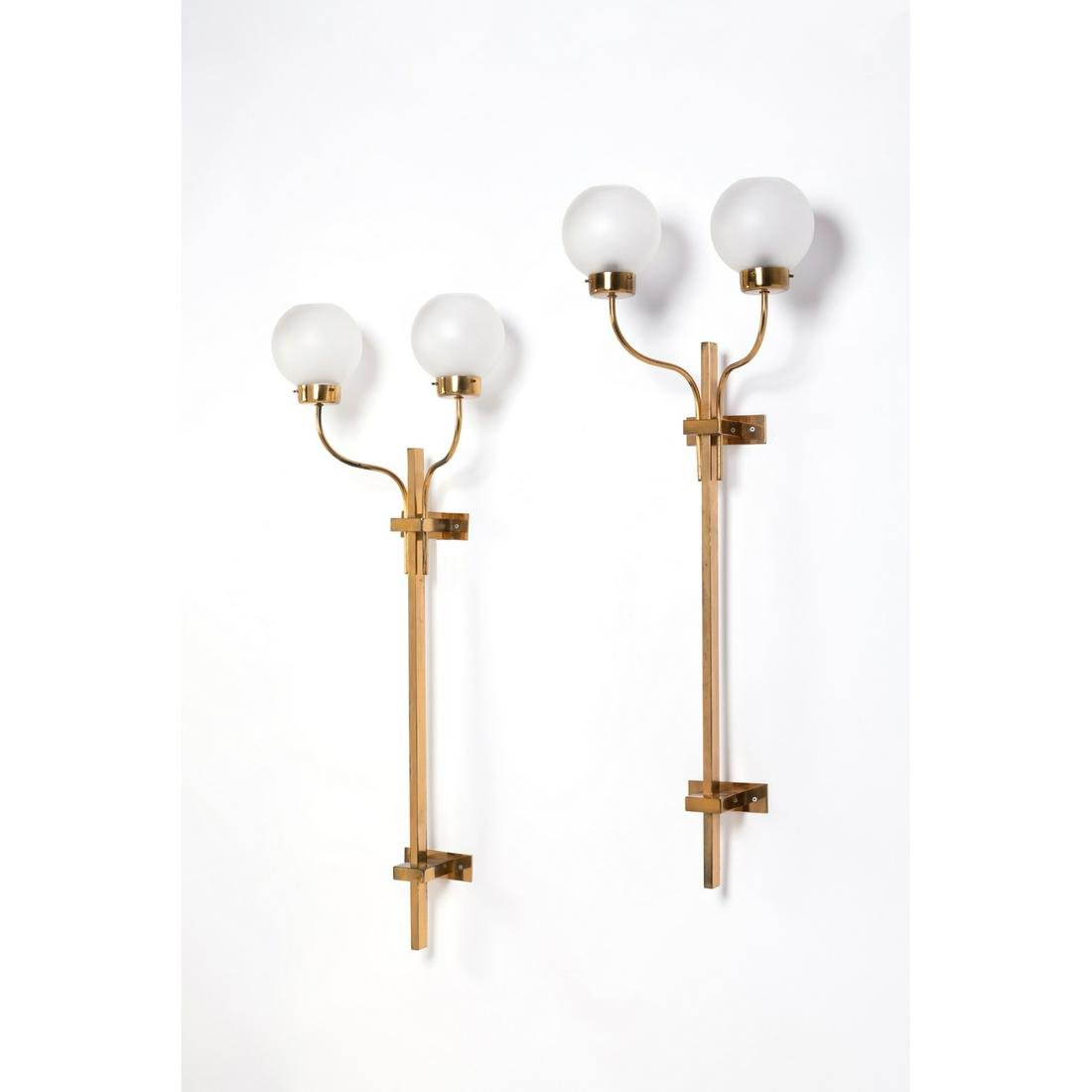 Azucena (XX) Pair of sconces Brass and glass Creation