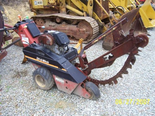 1003: DITCH WITCH 1020 WALK BEHIND TRENCHER - 2