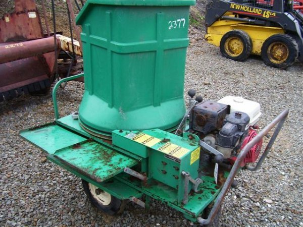 11: WIC 8-92 PORTABLE GAS POWERED BALE CHOPPER