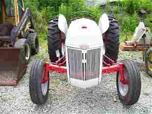NICE FORD 8N FARM TRACTOR W/3PT AND PTO