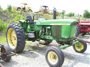JOHN DEERE 3020 DIESEL FARM TRACTOR