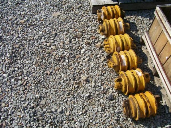 23: BOTTOM ROLLERS PART#TR111300028