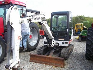 LARGE FARM/CONSTRUCTION AUCTION Prices - 271 Auction Price