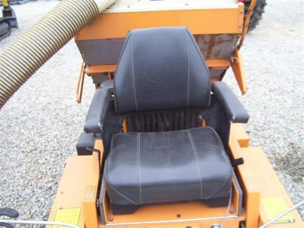 207: WOODS MOW N MACHINE 3150 ZERO TURN MOWER W/BAGGER  - 3
