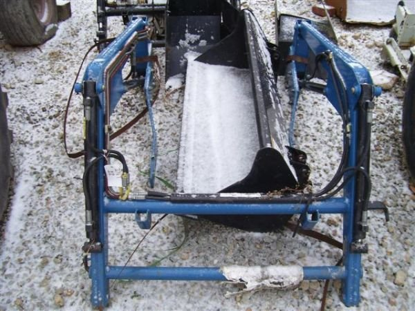 12:UNUSED 220 GREAT BEND FRONT LOADER  COMPACT TRACTOR