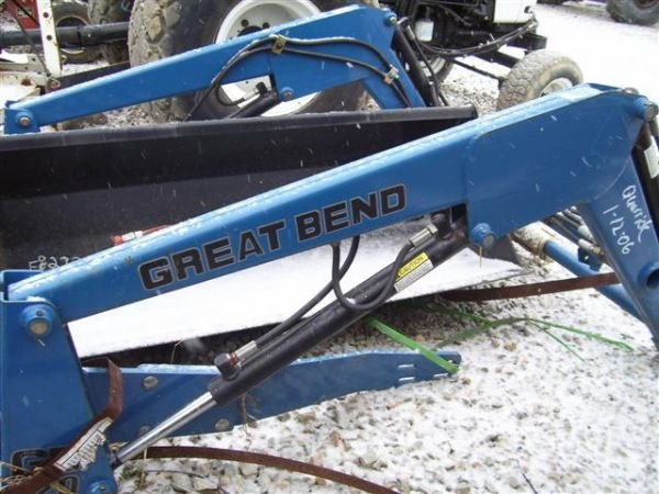 12:UNUSED 220 GREAT BEND FRONT LOADER  COMPACT TRACTOR - 2
