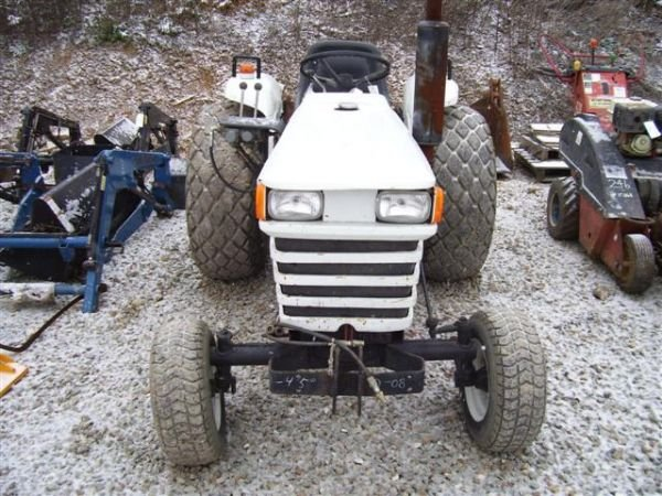 14: BOLENS G192 COMPACT TRACTOR WITH MOWER