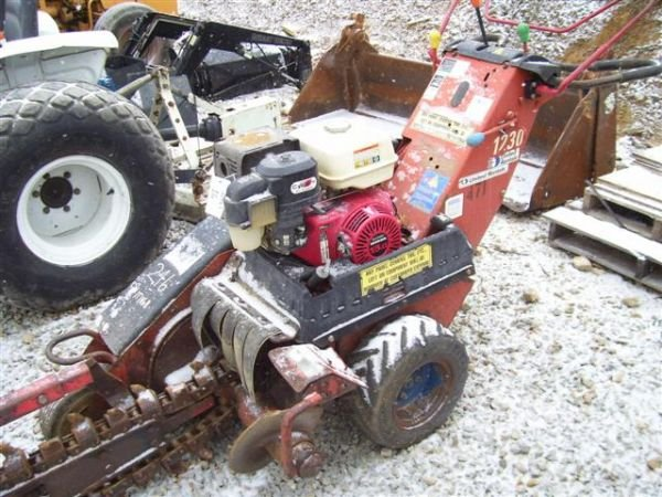 16: DITCH WITCH 1030 WALK BEHIND TRENCHER