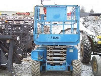 20: 2002 GENIE GS 3268 RT 4WD SCISSOR MAN LIFT