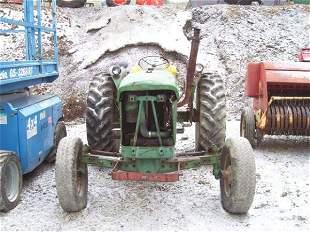 JOHN DEERE 2010 FARM TRACTOR MECHANIC'S SPECIAL