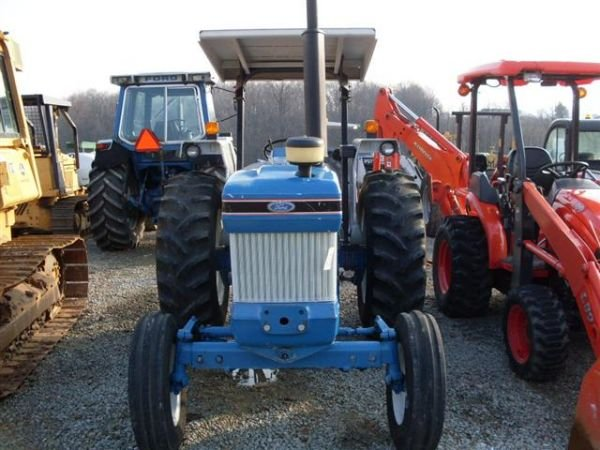 108: FORD 5610 SERIES 2 TRACTOR W/ CANOPY./LOW HOURS.