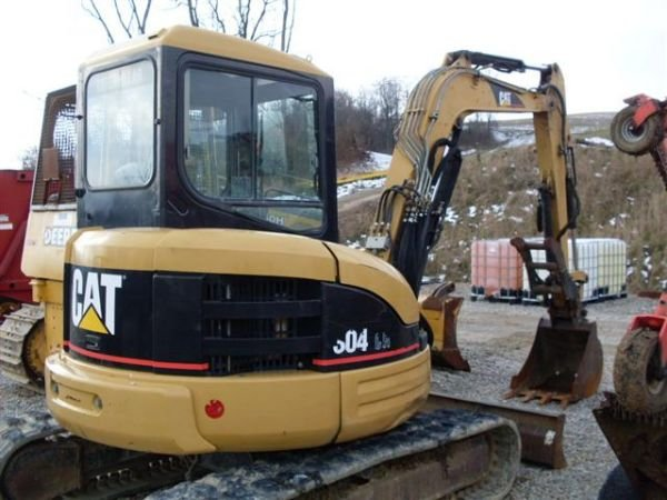 120: 03' CAT 304CR MINI EXCAVATOR W/CAB/HEAT/AIR/THUMB - 6