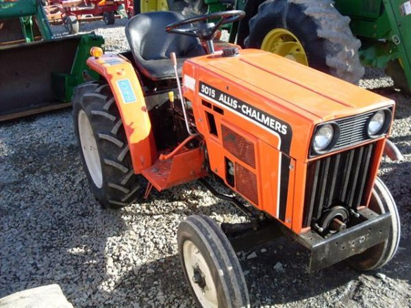 215: ALLIS CHALMERS 5015 COMPACT TRACTOR - 3
