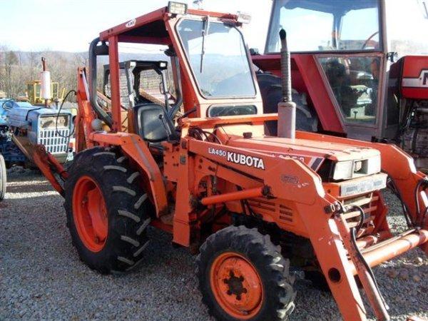 226: KUBOTA L2250 4WD TRACTOR W/LOADER / BACKHOE - 2