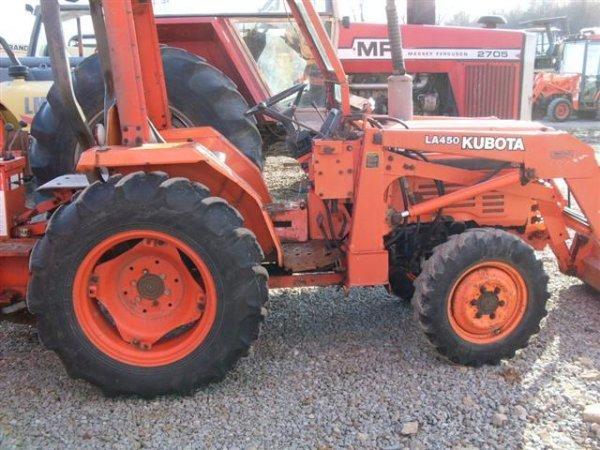 226: KUBOTA L2250 4WD TRACTOR W/LOADER / BACKHOE - 7