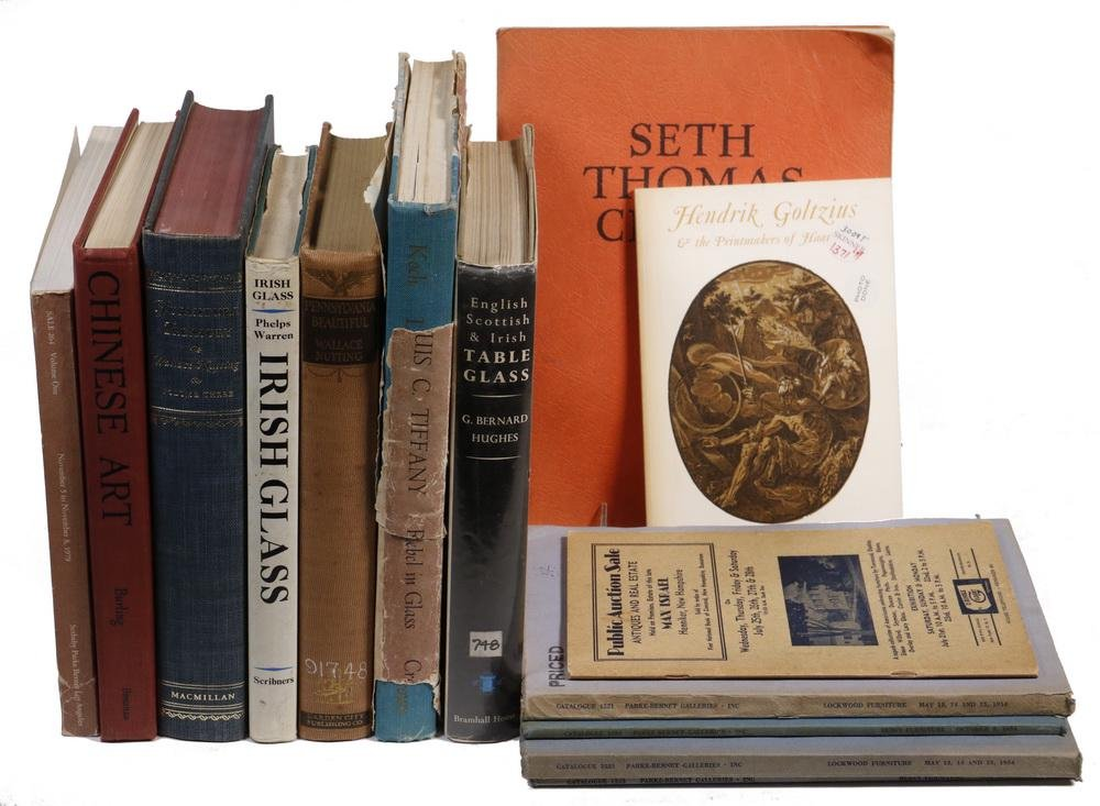 (12) BOOKS ON ARTS & ANTIQUES, SOME AUTHOR SIGNED