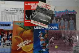 (24) COLLEGE FOOTBALL MEDIA GUIDES, 1970S-90S PLUS